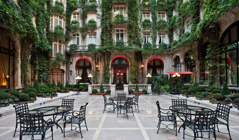 plaza-athenee-paris