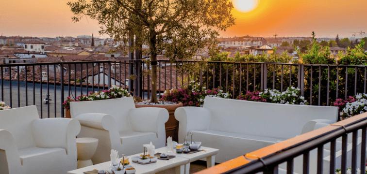 Hotel de luxe: Due Torri Hotel, Verone